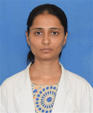 Dr.Tanuja Ajotikar (Small)